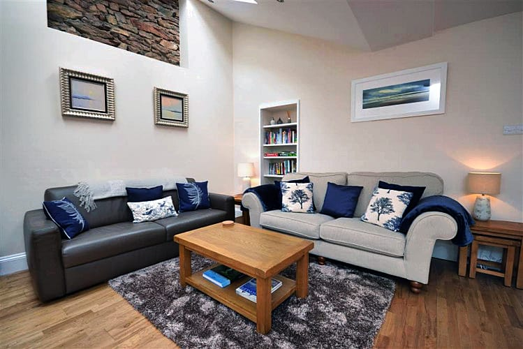 The Garden Annexe a british holiday cottage for 4 in ,