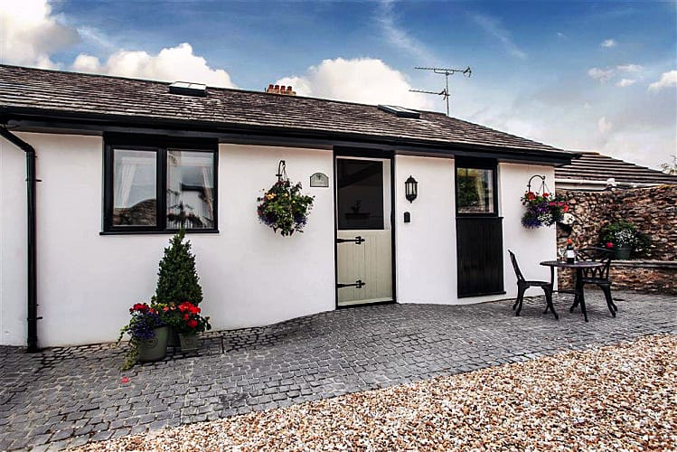 Hollie Cottage a british holiday cottage for 2 in ,