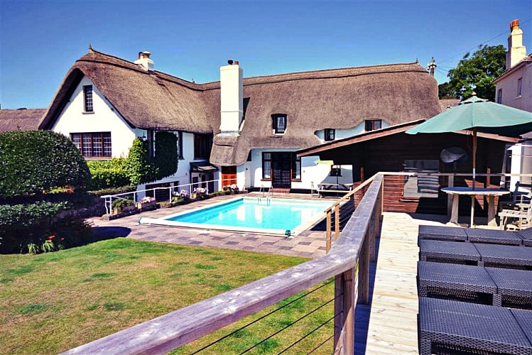 Home Cottage a british holiday cottage for 13 in ,