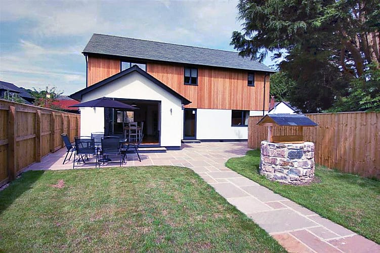 The Larches a british holiday cottage for 6 in ,