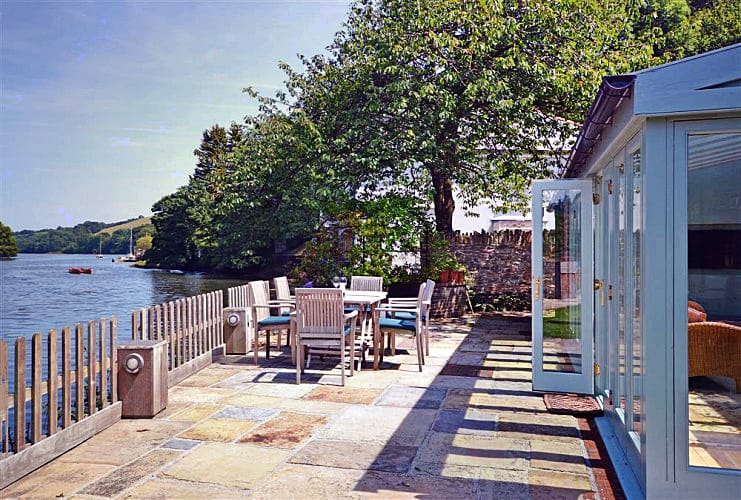 Perchwood Shippon a british holiday cottage for 8 in ,