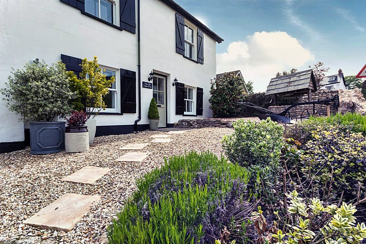 Colyford Cottages a british holiday cottage for 10 in ,
