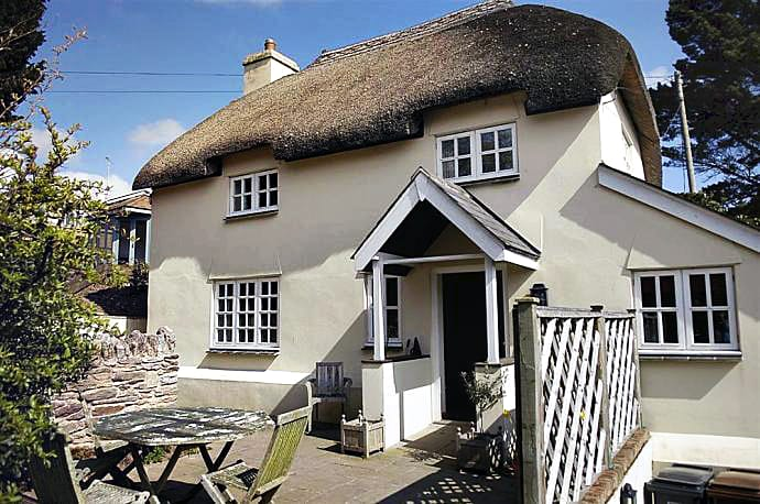 Adam's Orchard a british holiday cottage for 4 in ,