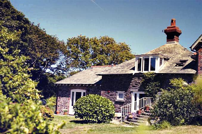Battery Cottage a british holiday cottage for 2 in ,