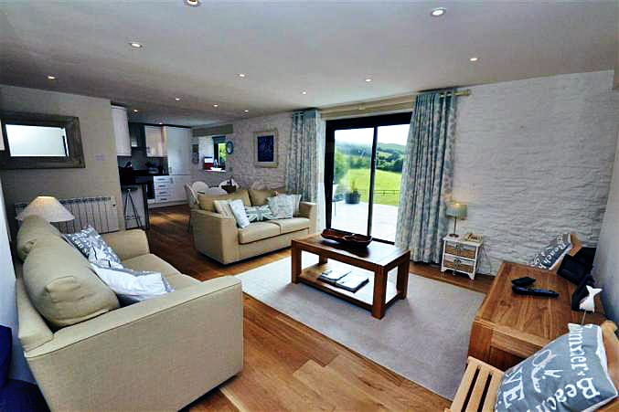 Court Barton Cottage No. 7 a british holiday cottage for 6 in ,