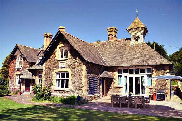 Dove House a british holiday cottage for 18 in ,