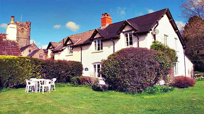 East Galliford a british holiday cottage for 6 in ,