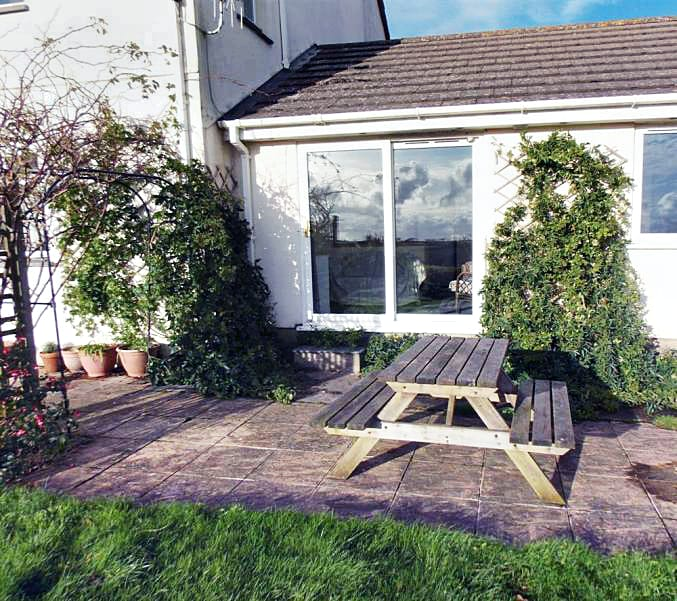 Higher Norton Farm, The Annexe a british holiday cottage for 4 in ,