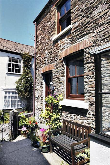 Pine Cottage a british holiday cottage for 4 in ,