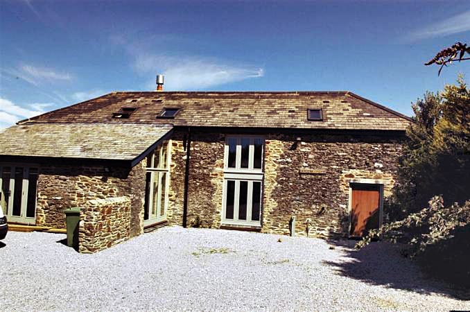 Seacombe Cottage a british holiday cottage for 8 in ,