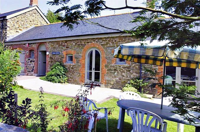Stable Cottage a british holiday cottage for 8 in ,