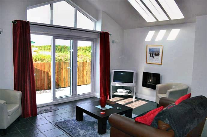 Swallows Chase Cottage a british holiday cottage for 2 in ,