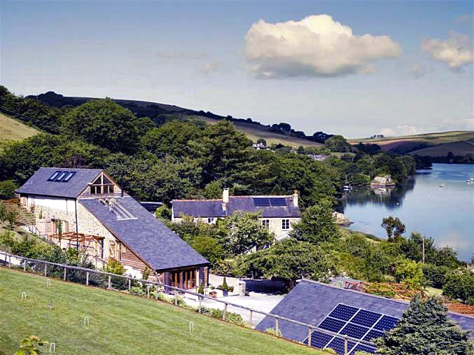 Waterhead Barn a british holiday cottage for 6 in ,