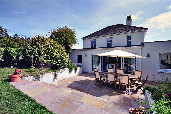 Wayfarings a british holiday cottage for 8 in ,