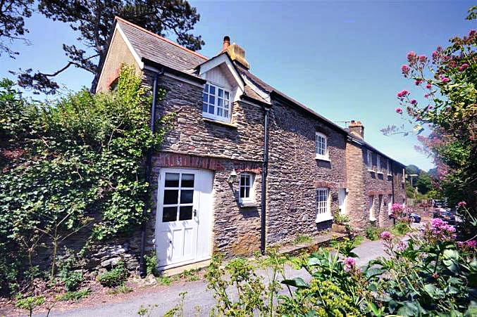 Yew Tree Cottage a british holiday cottage for 5 in ,