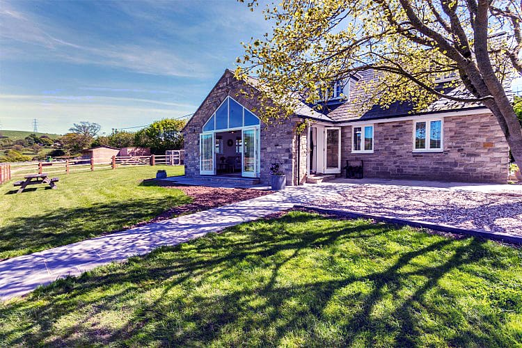 Folly Cottage a british holiday cottage for 5 in ,